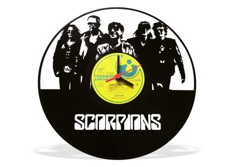 Часы из виниловой пластинки Scorpions