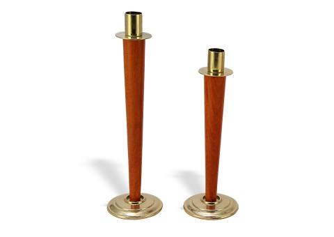 Подсвечники с деревянной ножкой