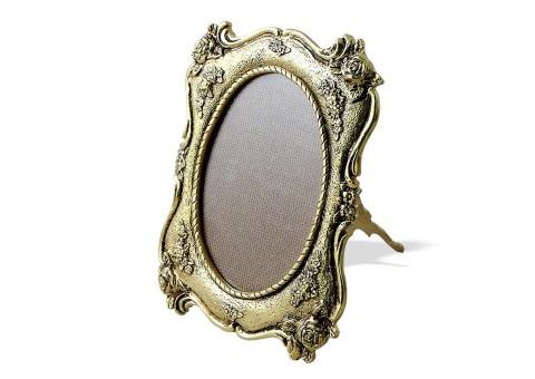 Рамка для фото овальная настольная золото